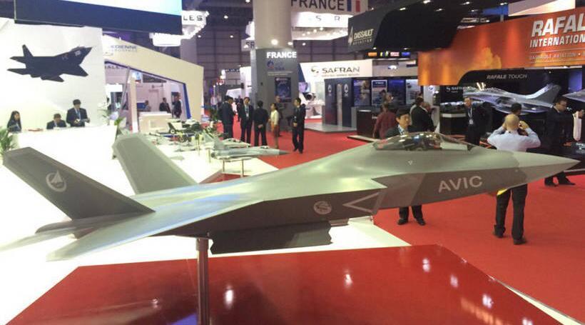 FC-31 (2.0) à Dubai Airshow 2015