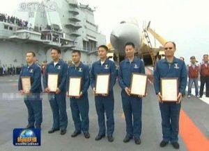 1 LSO et 5 pilotes de la 1ère promotion ont reçu leur certificat