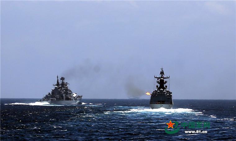 2016 08 14 - Exercice naval de la flotte de l'Est - 01