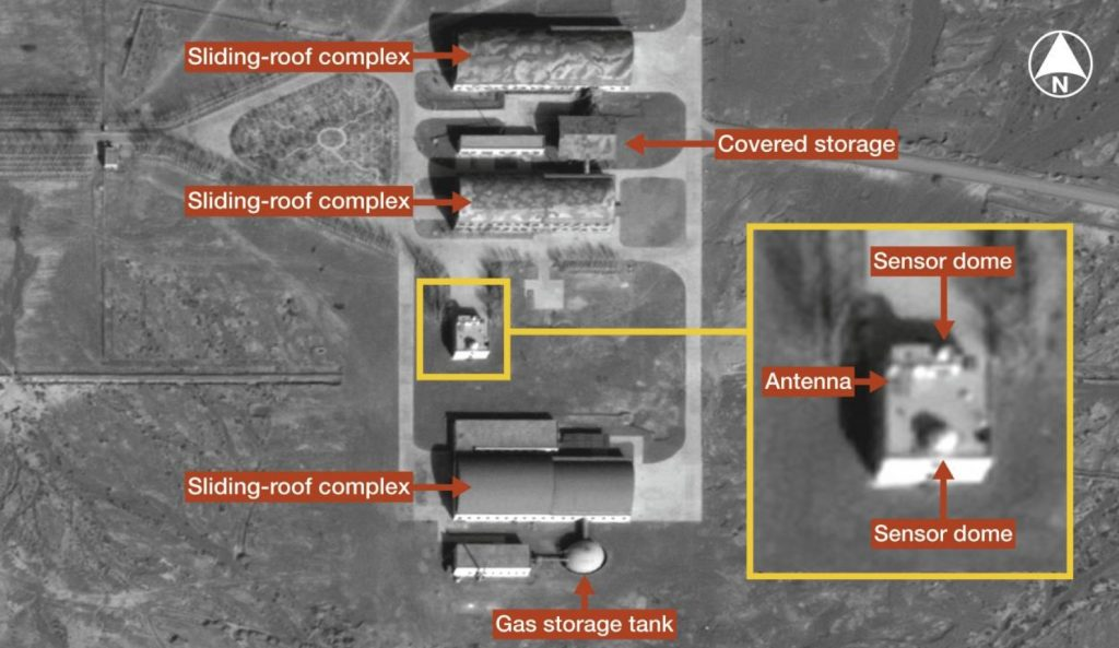 DigitalGlobe imagery from February 2014 shows the lower half of a possible laser test complex at the Korla ASAT facility. In the image, the sliding roof complexes are closed. (DigitalGlobe/IHS)