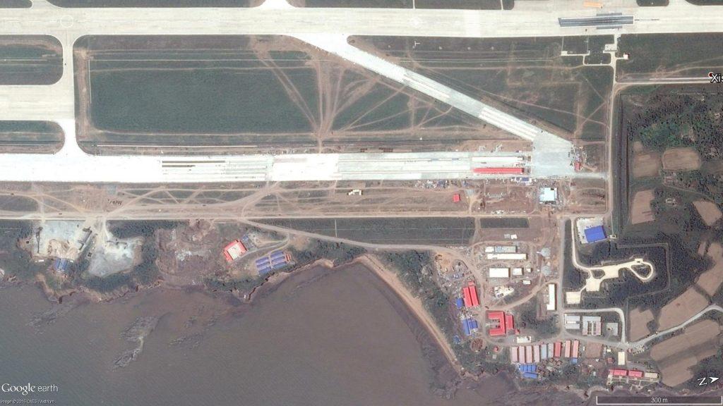 Deux pistes de catapultage en construction à Xingcheng - le 20 Juin 2016