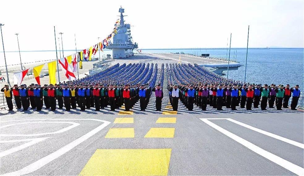 2016-10-21-la-vie-a-bord-du-porte-avions-chinois-16-liaoning-03