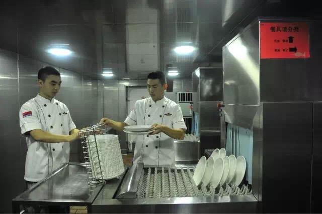 2016-10-21-la-vie-a-bord-du-porte-avions-chinois-16-liaoning-15
