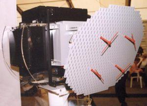 Le radar KLJ-7 V2 à balayage mécanique