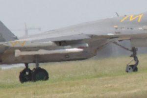 Le nouveau missile missile BVRAAM chinois PL-15 sur une J-11B
