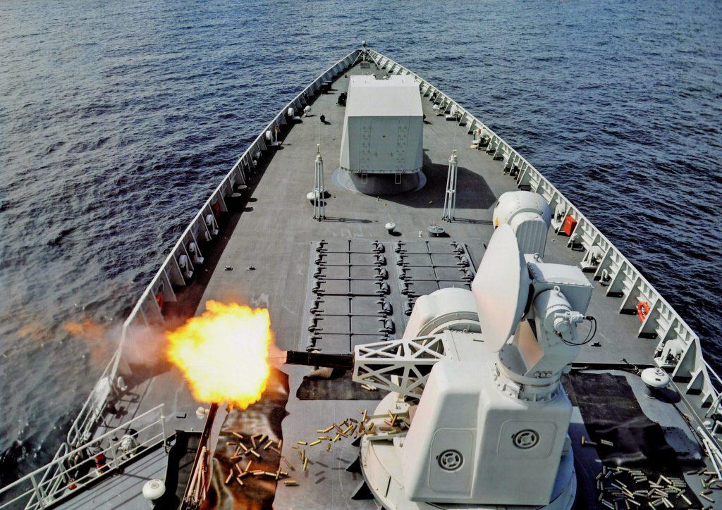 Type 052D - Destroyer - Page 13 2016-12-27-Le-12%C3%A8me-destroyer-Type-052D-mis-%C3%A0-flot-04-1024x724