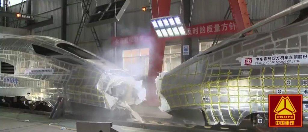 [Information] Autour de la Chine... - Page 27 2017-03-12-La-Chine-r%C3%A9alise-un-crash-test-entre-deux-TGV-07-1024x439