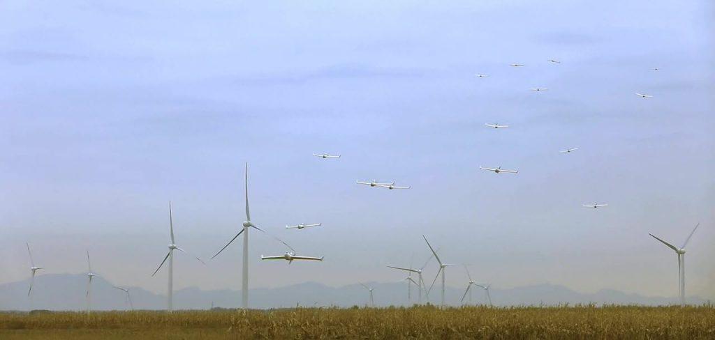 [Aviation] Drones & Drones de Combat Chinois - Page 12 2017-06-12-CETC-Test-r%C3%A9ussi-dun-essaim-de-119-drones-%C3%A0-voilure-fixe-13-1024x488