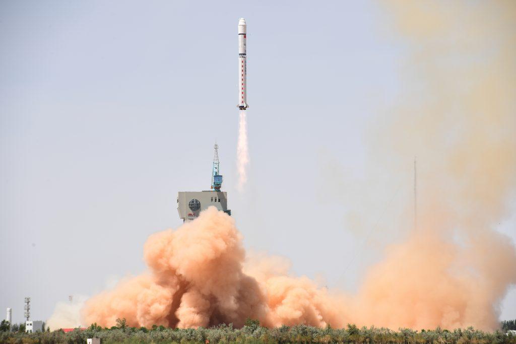 CZ-2D (Gaofen-6 + Luojia-1) - 2.6.2018 2018-06-02-Lancement-r%C3%A9ussi-du-satellite-multi-spectral-GF-6-21-1024x683