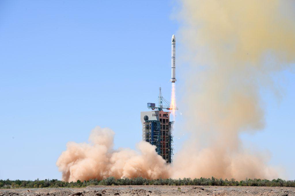 [Information] Secteur Aérospatial Chinois - Page 20 2018-07-11-32e-Beidou-Deux-lancements-chinois-en-17-heures-02-1024x683