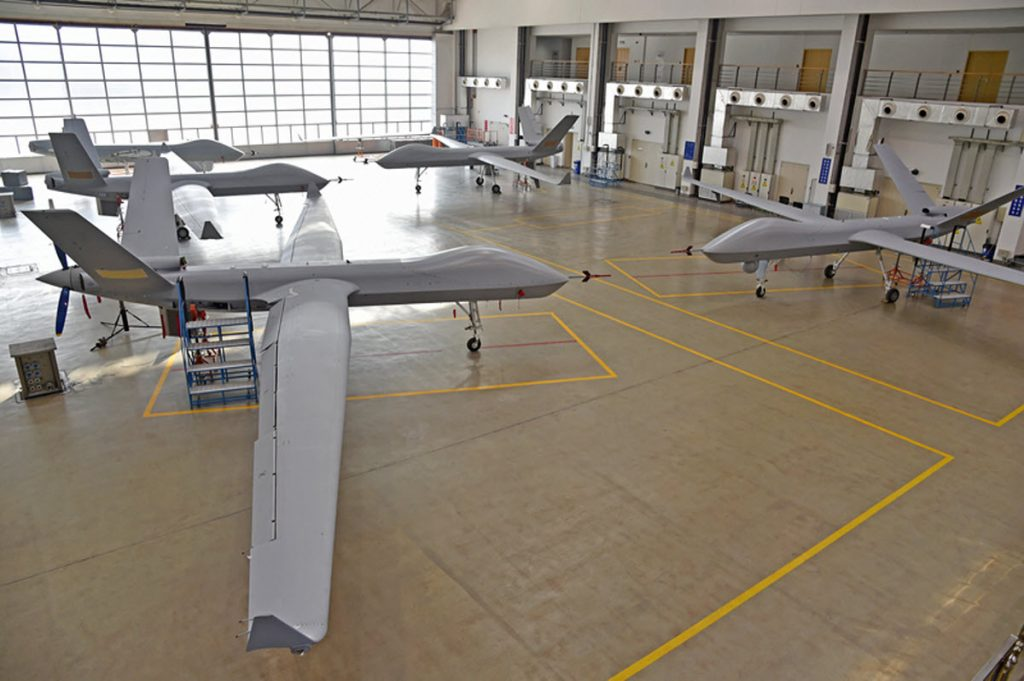 [Aviation] Drones & Drones de Combat Chinois - Page 13 2018-08-13-Plus-de-100-drones-arm%C3%A9s-Wing-Loong-II-vendus-%C3%A0-lexport-01-1024x681