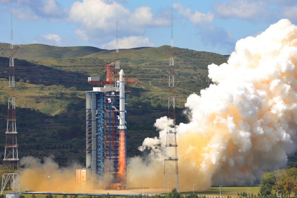 CZ-2C (HY-1C) - 07.09.2018 2018-09-08-CZ-2C-Lancement-r%C3%A9ussi-du-satellite-oc%C3%A9anique-HY-1C-10-1024x683