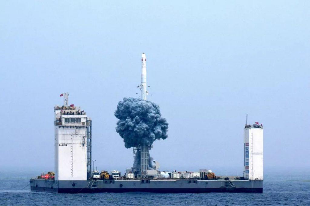 [Information] Secteur Aérospatial Chinois - Page 21 2019-06-09-CZ-11-Premier-lancement-orbital-chinois-depuis-la-mer-r%C3%A9ussi-14-1024x683
