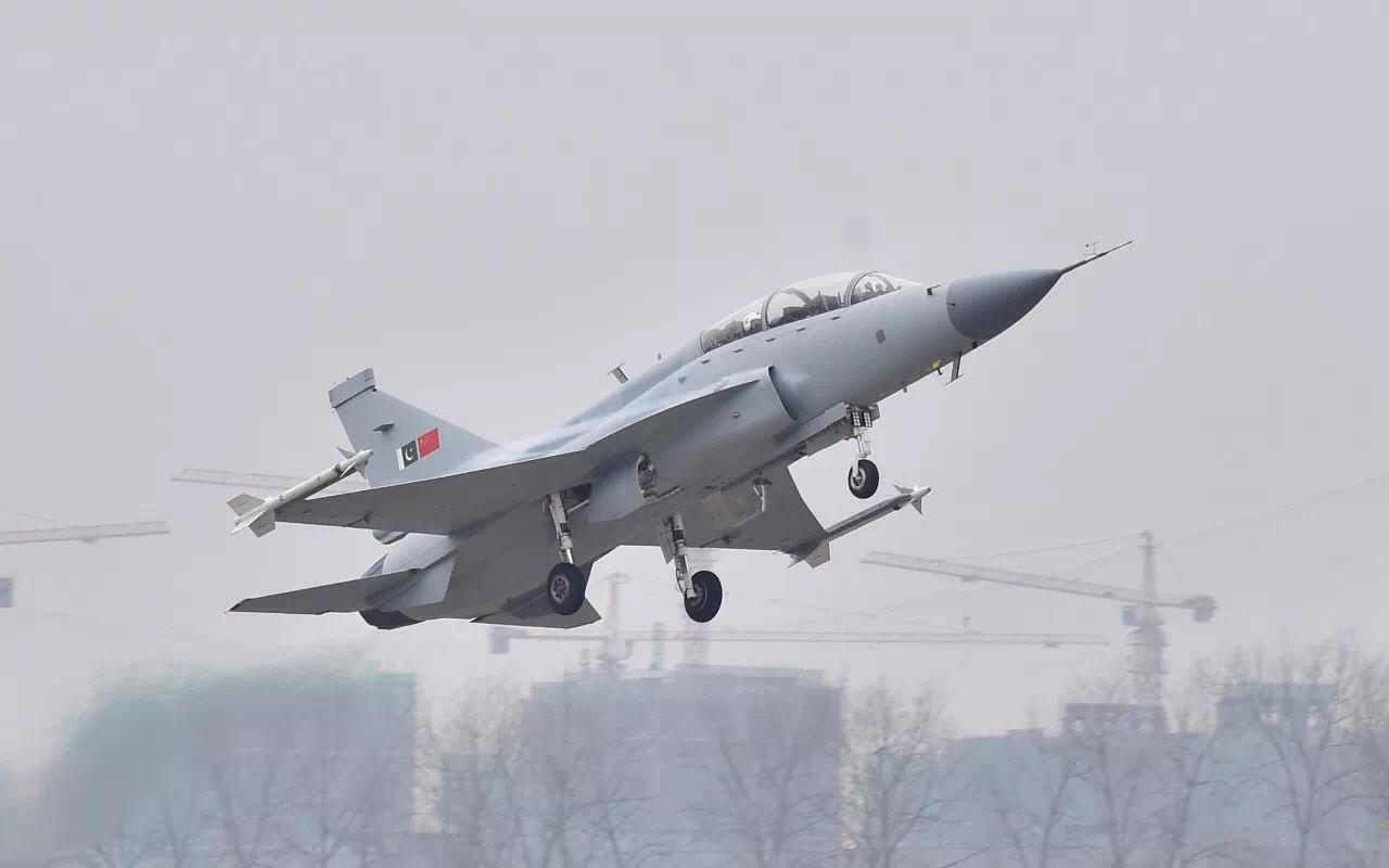 JF-17B